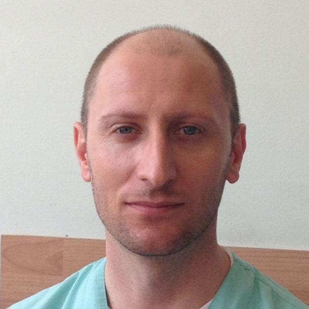 Доц. Д-р  Деян  Анакиевски, д.м.