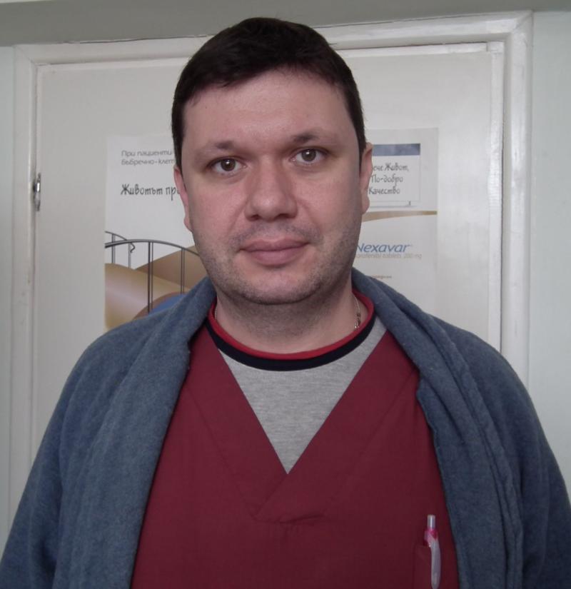 Д-р  Александър Максимов  Сандулов